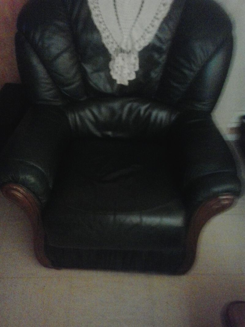 r paration de mon canap cuir sofolk. Black Bedroom Furniture Sets. Home Design Ideas