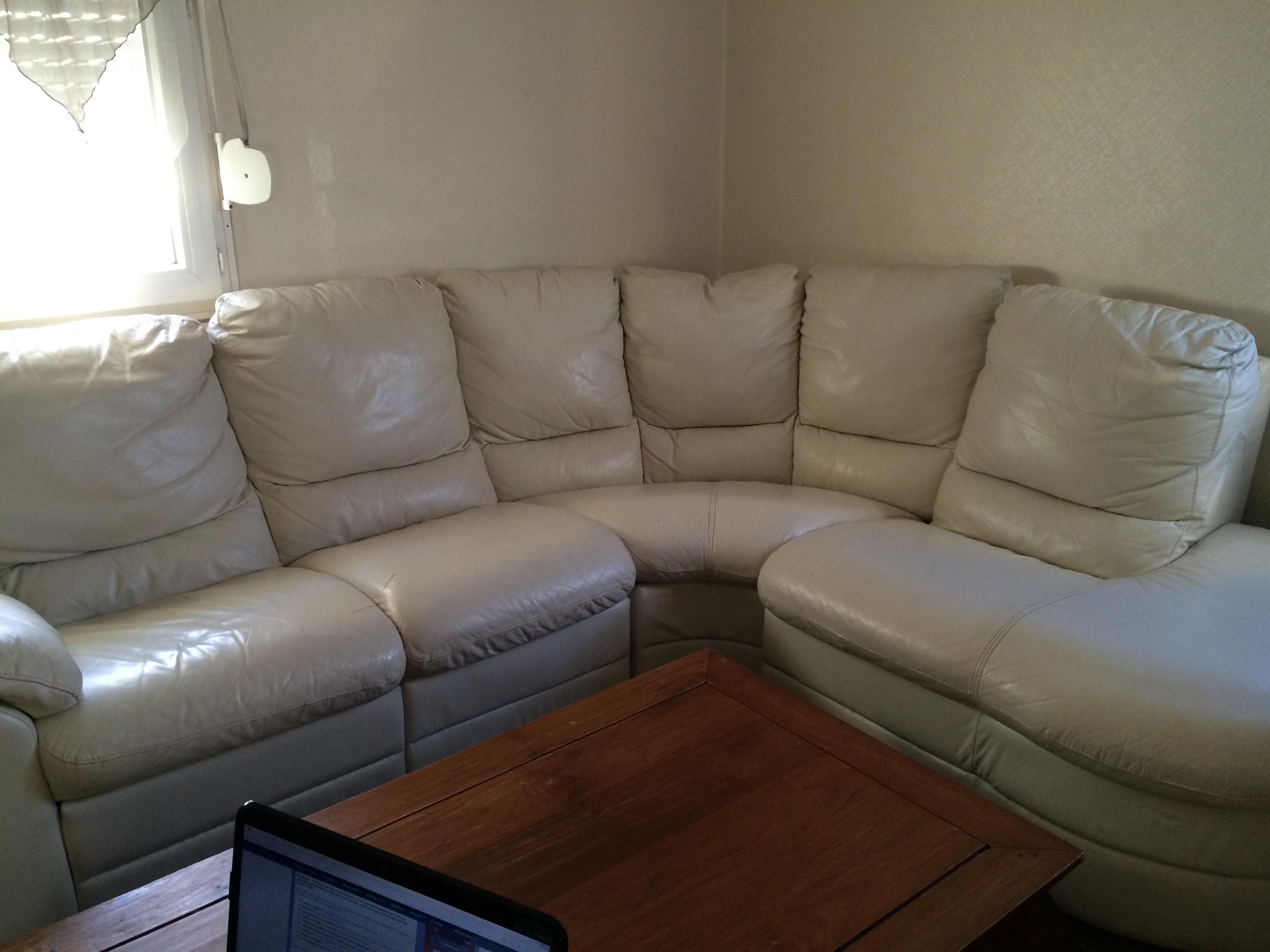 r parer fauteuil en cuir couleur cr me sofolk. Black Bedroom Furniture Sets. Home Design Ideas